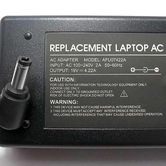 Punjač za laptop Fujitsu 19V 4.22A (5.5-2.5) ugao 90 HQ FU07422A